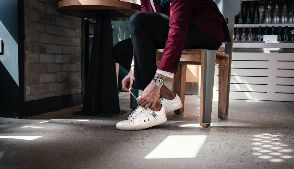 how to style Only Sneakers