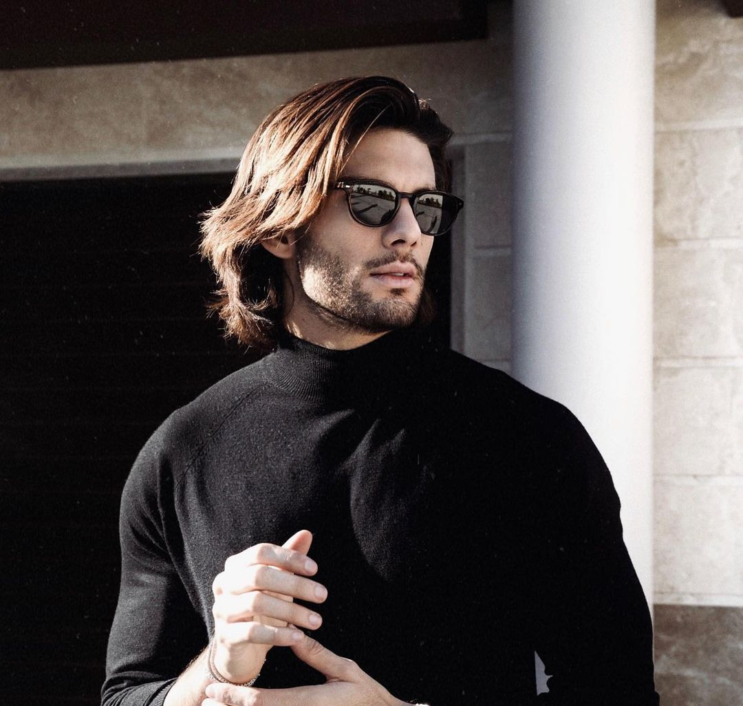 The Long Wavy Hairstyle for men